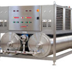 Maquinaria para la extracción en frío del aceite de oliva. Compuesta por las siguientes maquinas: triturador de pasta de aceituna, batidora, extractor centrífugo horizontal, vibrador, bombas de masa y separadores centrífugos verticales con descarga automática