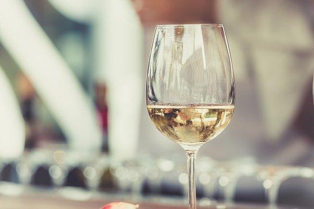 Como prevenir a oxidação do vinho branco